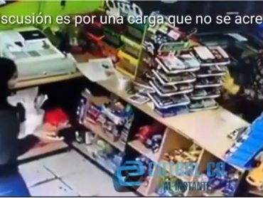 Día de furia: Cliente agredió a una empleada por una carga virtual en Cutral Co